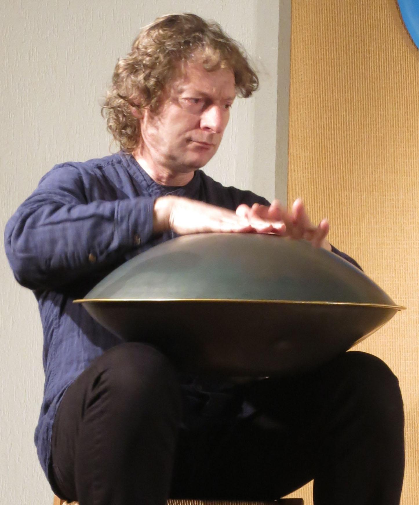 Francesco Agnello, metteur en scène et musicien